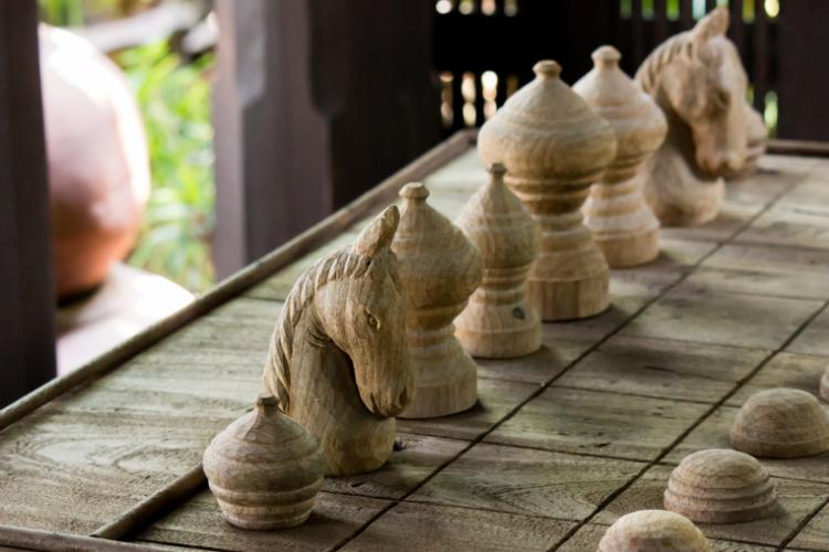pièces d'échecs pour décorer les chambres